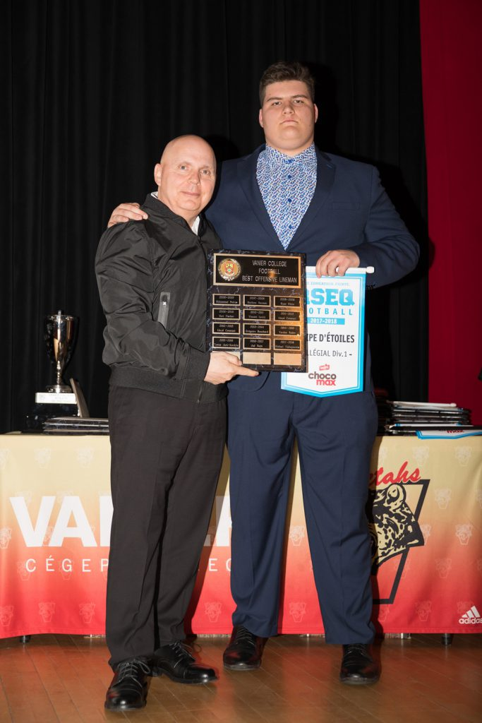 Men's Div.1 Football: Best Offensive Lineman - Michael Vlahogiannis.