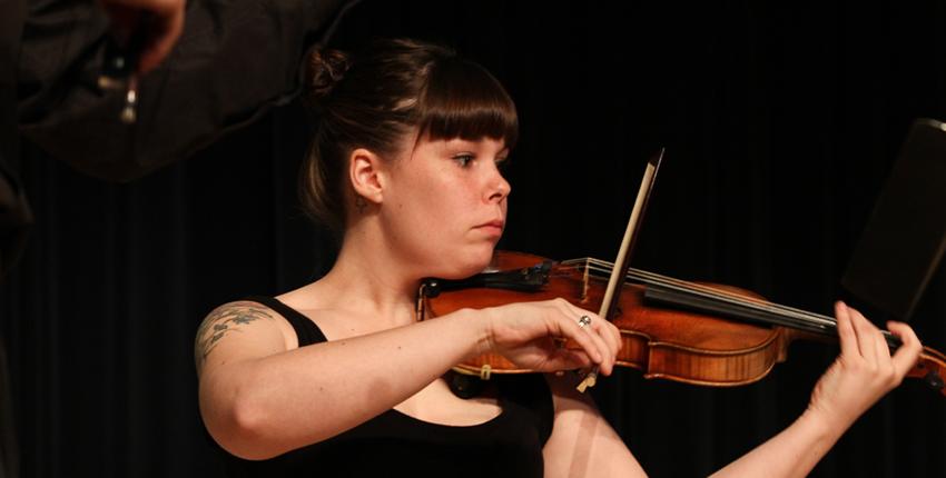 Vanier tops concert
