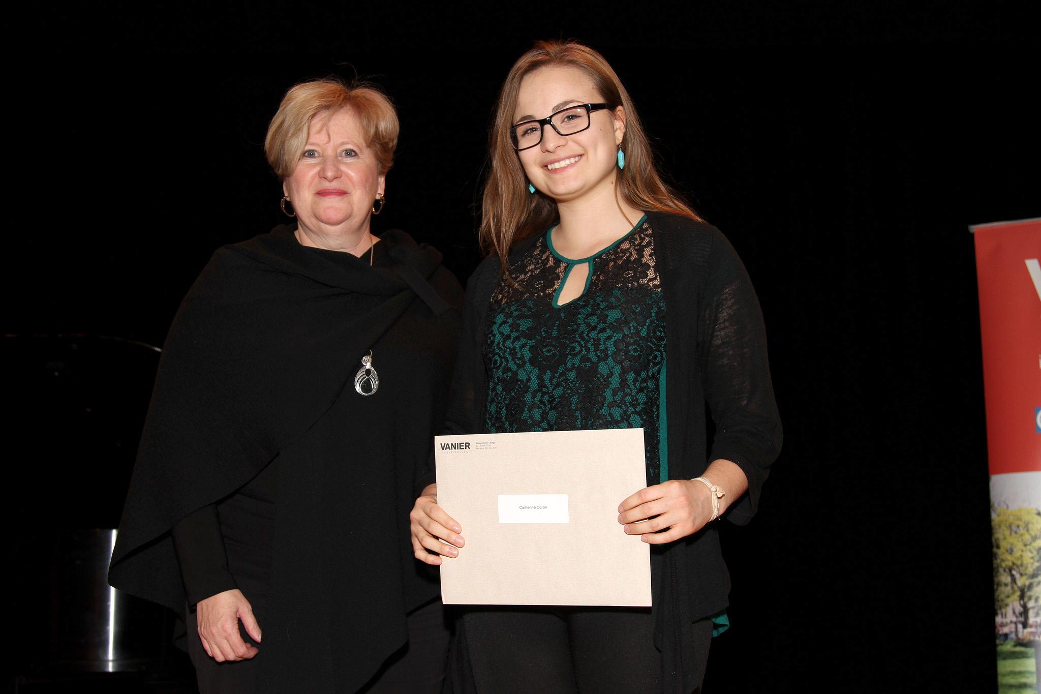 2015-11-26 Vanier Scholarship Ceremony-015-2048e