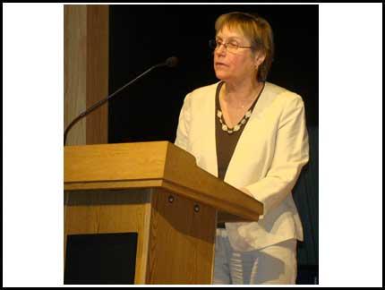 awards-ceremony-2009-slide-27